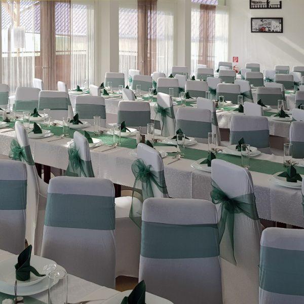 Penzión U Huberta - slávnostná výzdoba stolov, cca 100 miest