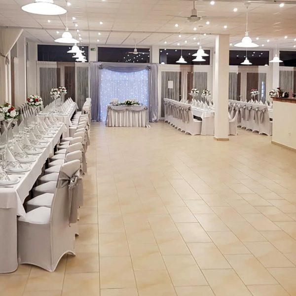 Penzión U Huberta - slávnostná svadobná výzdoba - širší pohľad