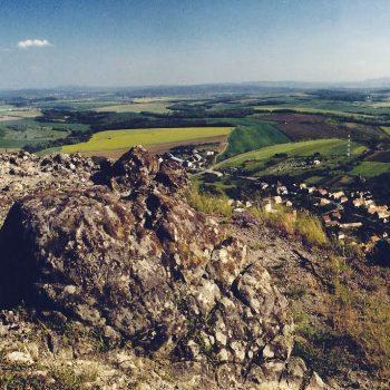 Penzión U Huberta - 15 km od penziónu sa nachádza zaujímavý prírodný tvar Kosihovský kamenný vrch