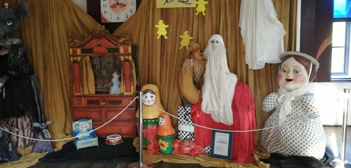 Modrý Kameň - Múzeum hračiek - expozícia ruských hračiek